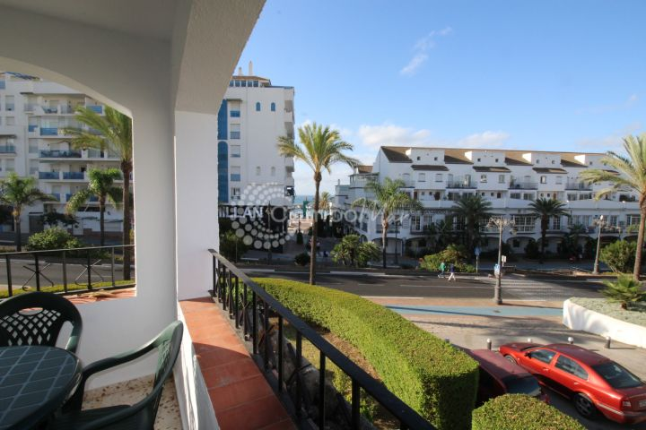 Estepona, Rental available from September til June in the port area of Estepona