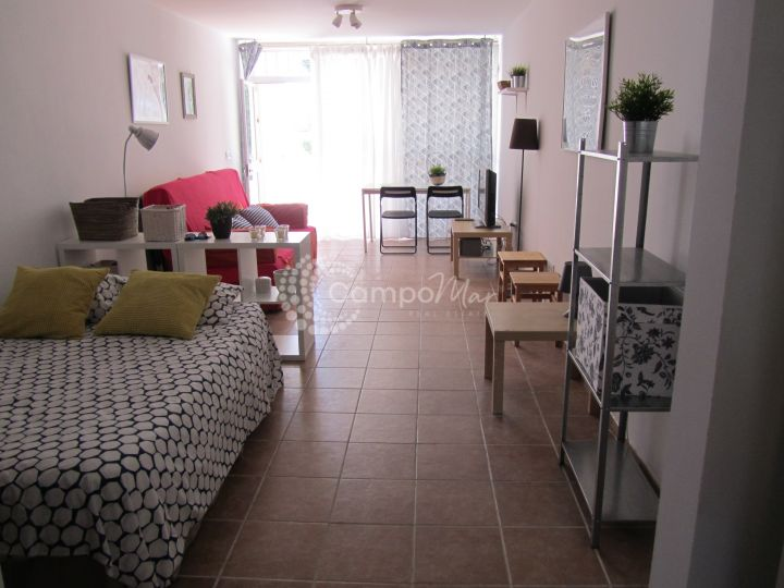 Estepona, Studio apartment just meters from the beach in the popular Seghers area of Estepona