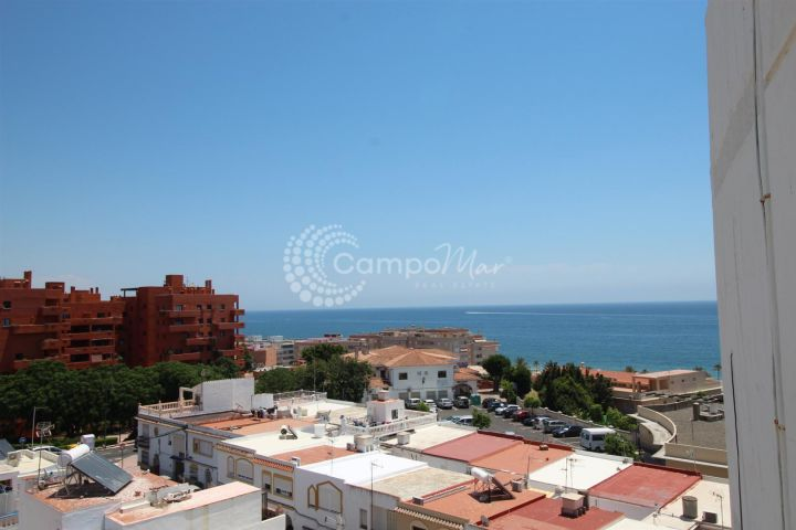 Estepona, Completely reformed apartment in Estepona close to the beach