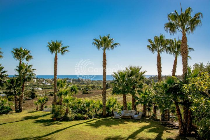 Estepona, Beautiful country property for sale in El Padron, Estepona