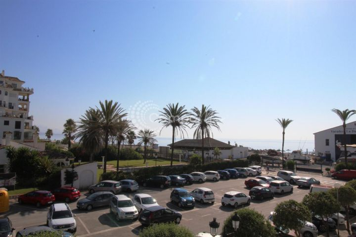 Manilva, Located in La Duquesa marina, fantastic studio apartment