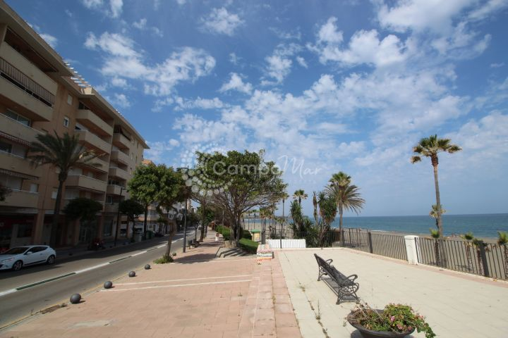Estepona, Fantastic three bedroom apartment in the heart of Estepona