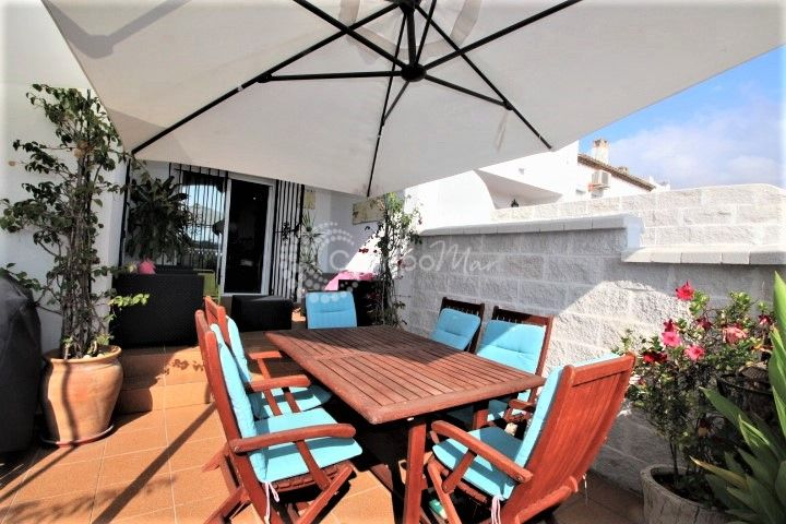 Estepona, Beautiful townhouse for sale in Bel Air, opportunity not to be missed