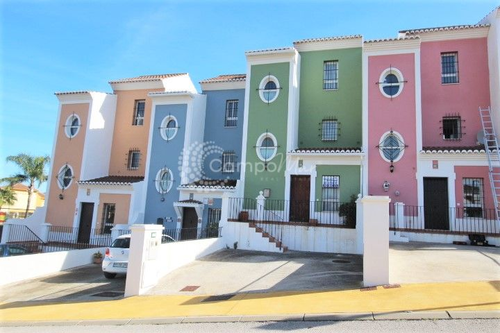 Casares, Townhouse for sale in Casares Playa!