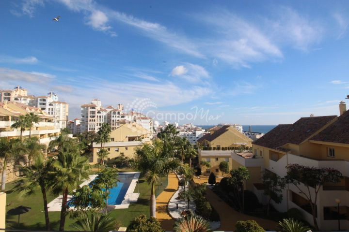 Estepona, Great 3 bed apartment for holiday lets available - Puerto Alto, Estepona