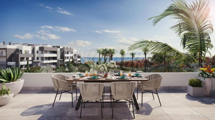 Estepona, Fantastic new complex of just 66 apartments, west Estepona