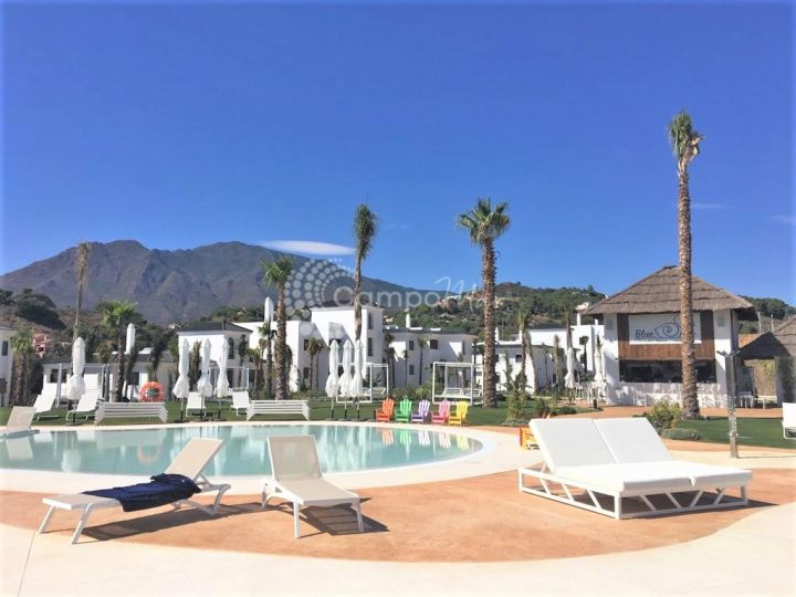 Estepona, Stunning three bedroom apartment in brand new development close to Estepona Town