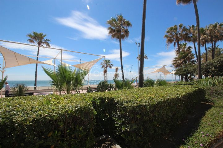 Apartment for sale in Estepona Centro - Estepona Apartment