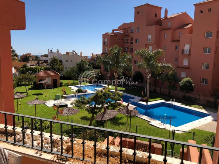 Manilva, Apartment for sale in a gated community just a few minutes from the famouse El Puerto de la Duquesa