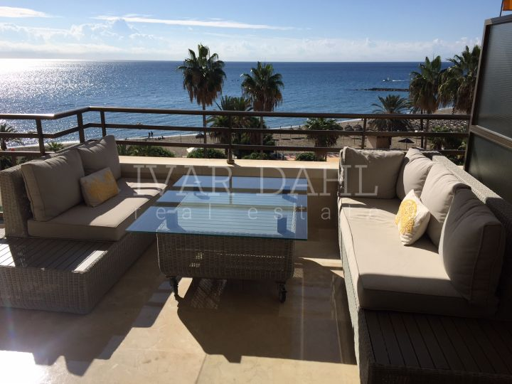 Front Line Beach apartment for sale in Marbella Center