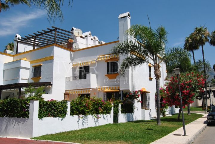 Townhouse on the Golden Mile Marbella, beachside