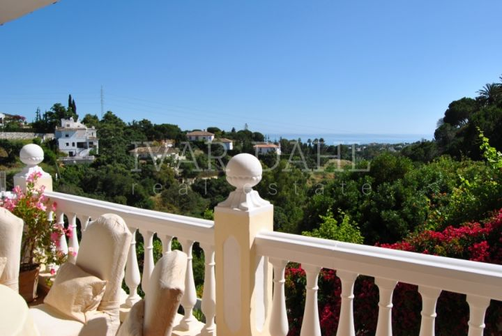 Villa for sale in Elviria, Marbella East