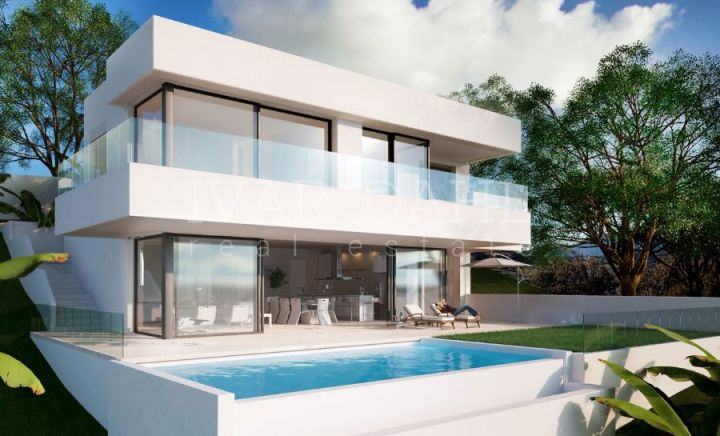 Estepona Beach, Architecturally design luxury villa with stunning sea views