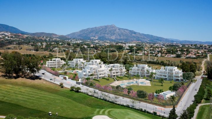 Apartment for sale in Atalaya Golf, Estepona