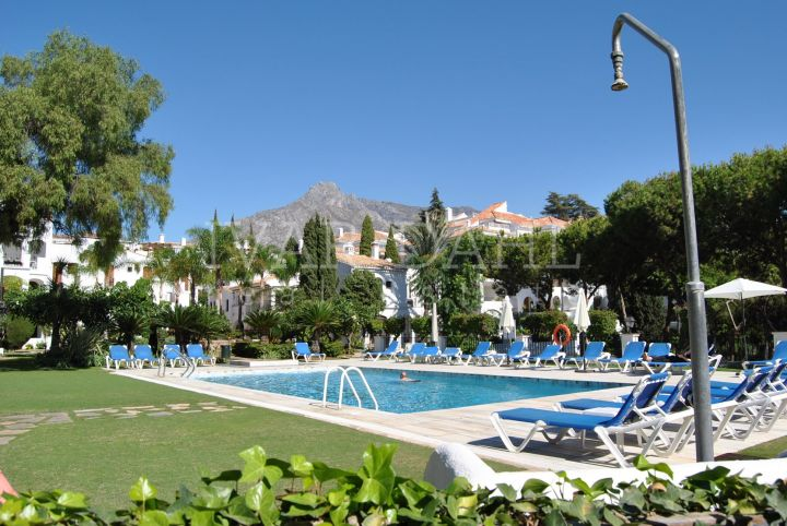 Apartment for sale in Señorio de Marbella, Marbella Golden Mile