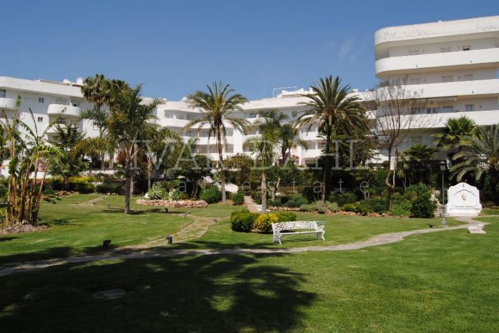 Marbella Real, 3 bedroom apartment on the golden mile