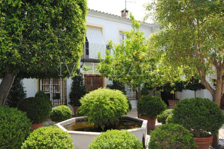 Apartment for sale in Marbella Centro, Marbella Centre