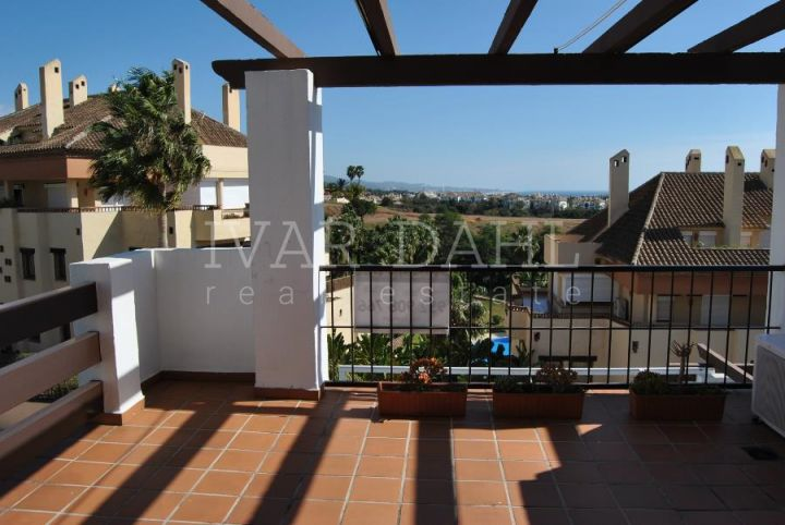 Duplex for sale in Coto Real, Marbella Golden Mile