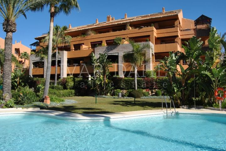 Gran Bahia, beach side apartment with sea views in Bahia de Marbella
