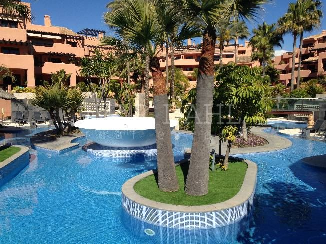 Apartment for sale in Estepona Playa, Estepona