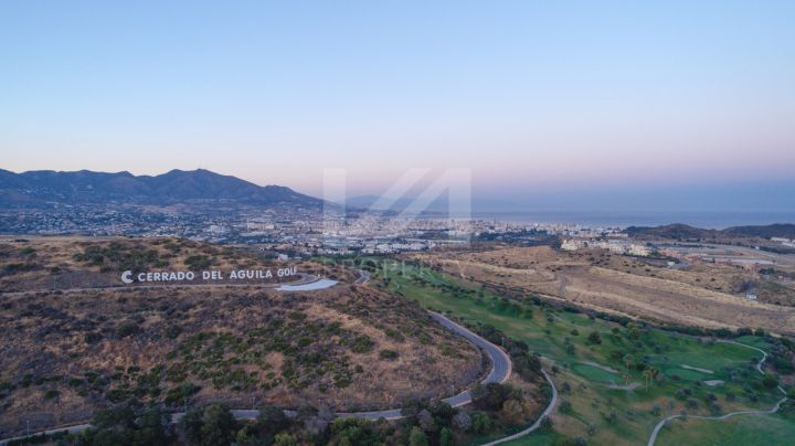 Luxury 3-bedroom ground-floor apartment in a beautiful golf enclave on the Costa del Sol