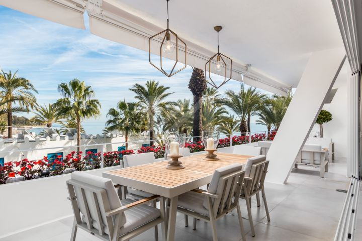 Beachfront properties for sale in Marbella