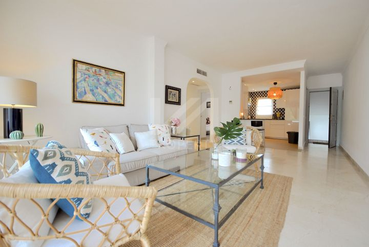 Lovely 2 bedroom middle floor apartment in La Quinta