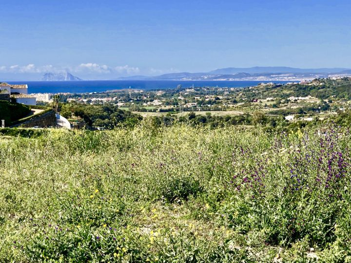 Plots for sale in Estepona
