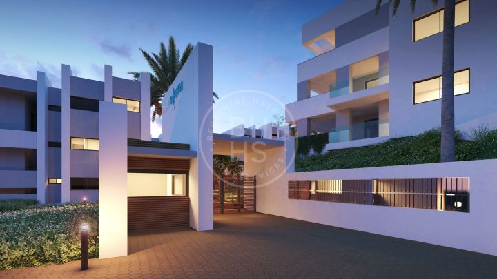 Stunning garden apartment in an off-plan development with views to the Mediterranean Sea and the beaches of Manilva