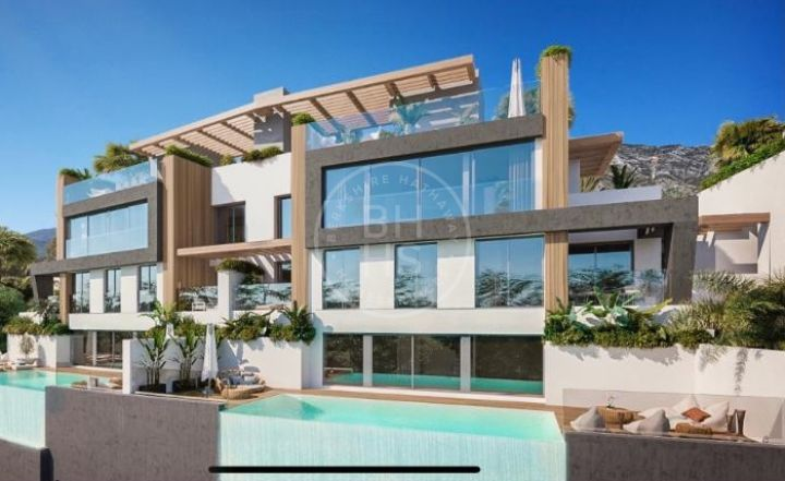 Semi Detached Villas for sale in Benahavis