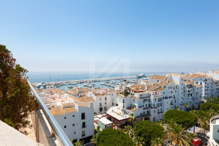 Duplex Penthouses for sale in Marbella - Puerto Banus