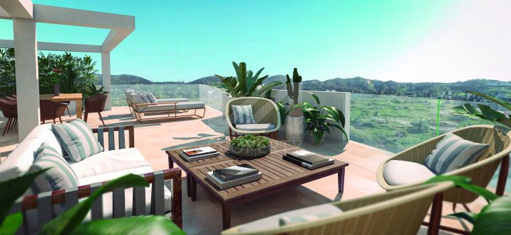 Modern off-plan front line golf penthouse built to top specifications in Mijas Costa