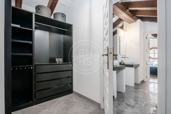 Fully renovated loft apartment in the heart of Benahavís