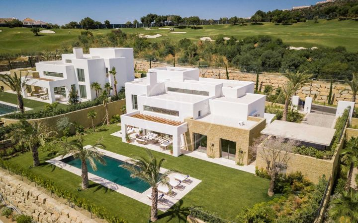 Villas for sale in Casares