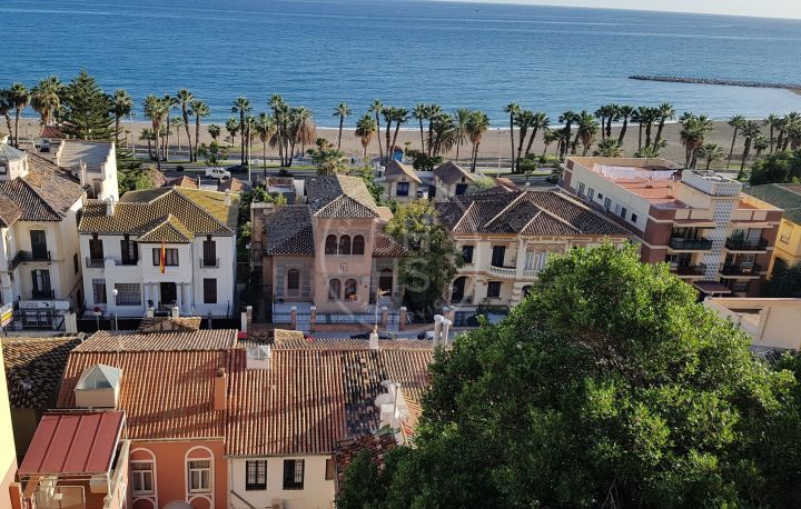 Exceptional ground-floor duplex with sea views in one of the most prestigious areas of Málaga