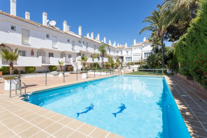 Properties for sale in Centro Plaza, Nueva Andalucia