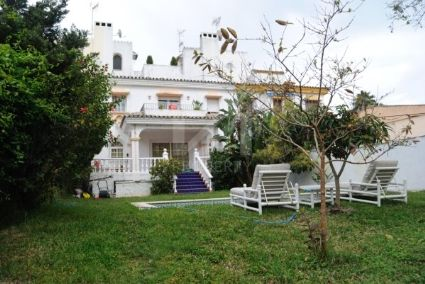 Semi Detached Houses for sale in Nueva Andalucia