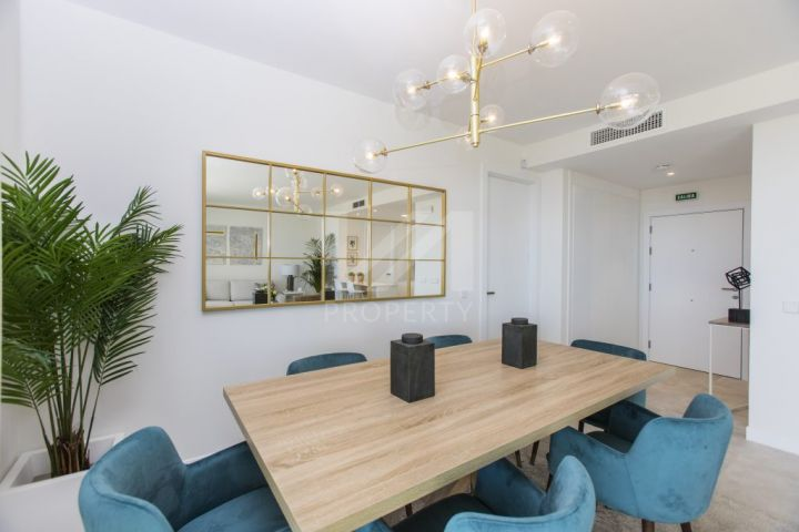 Fantastic brand-new contemporary apartment in New Golden Mile.