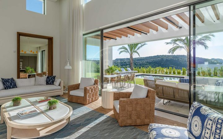 Brand-new luxury villa situated in a unique and privileged golf location
