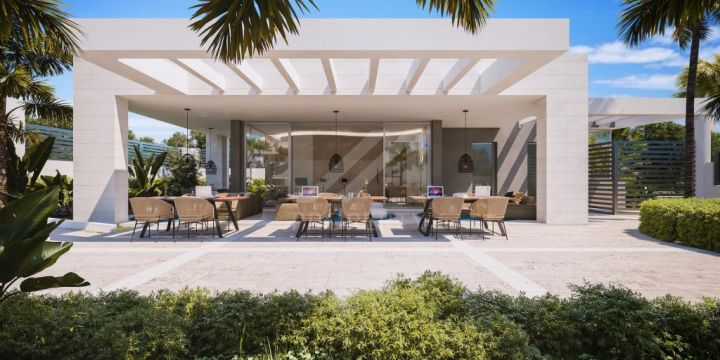 Modern townhouse in an off-plan development with concierge service next to Guadalmina Golf