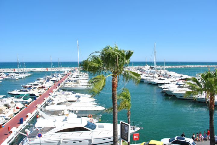 Penthouses for sale in Marbella - Puerto Banus
