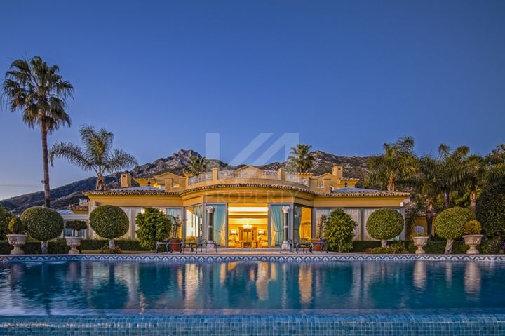 Magnificent contemporary off-plan villa with panoramic sea views in Cortijo de Nagüeles, Marbella.