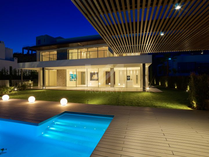 Brand new contemporary villa in Capanes Sur, La Alqueria, Benahavis.