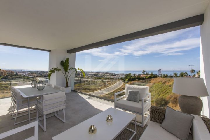 Ground Floor Apartments for sale in Estepona