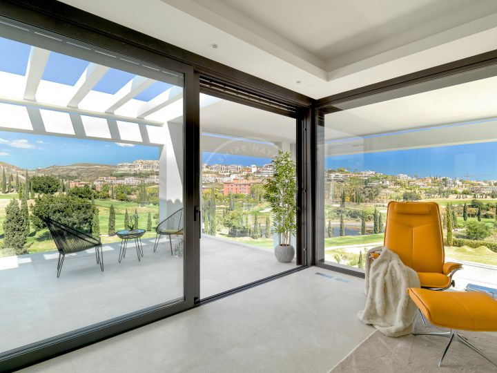 Spectacular brand-new villa located in one of the best golf resorts, Los Flamingos, Benahavís