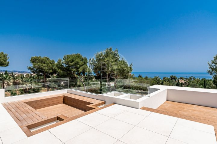 Exclusive brand-new villa located in the sought-after residential area of Sierra Blanca, Marbella's Golden Mile