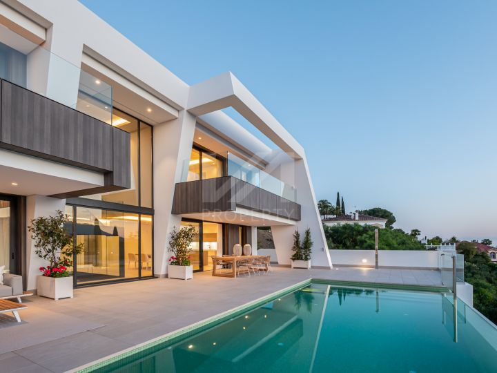 Villas for sale in Estepona