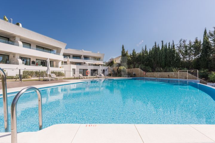 Spectacular ground-floor duplex apartment in an off-plan development of 77 state-of-the-art homes on Marbella's Golden Mile