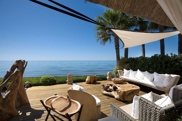 First Line Beach Property in Marbella Costa del Sol