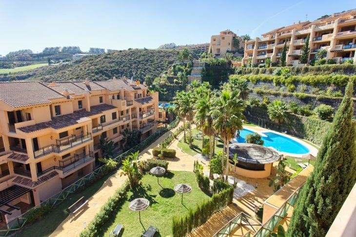 Penthouse for sale in Calanova Golf, Mijas